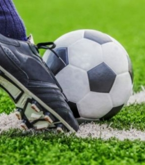 Labdarúgás: Távozik a felnőtt csapat edzője