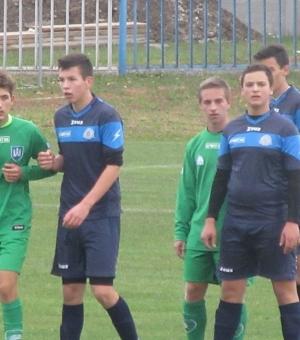 U19: Továbbra is veretlenül. U14: Győzelem Rábapatyon.